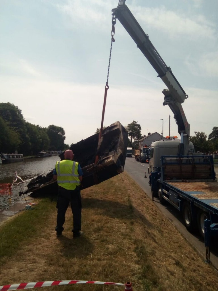Middlewich - craning out